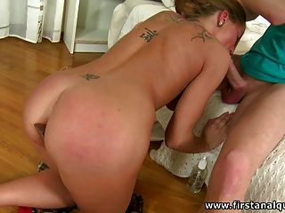 I Fuck My Young Neighbor Girl In The Ass For The First Time