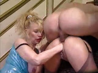 Mature - Anal And Fisting Trip
