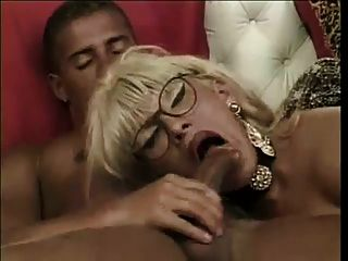 Hot Sexy Mature Ts Gets Fucked