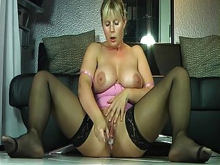 Sammy grand squirts all over - 4 9