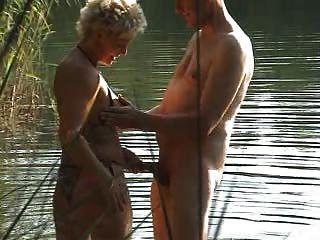 frau im pornokino outdoorsex