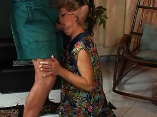 Mature In Pantyhose