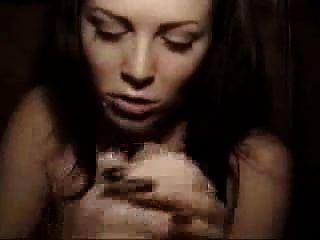 anushka hairly nude photos