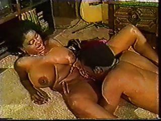 Ebony Ayes Bounces Her Boobs
