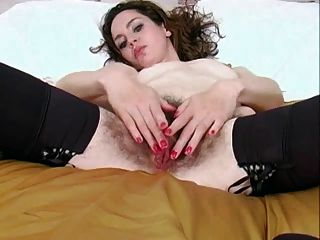 Mega Hot Jessica Shows Us Her Hairy Hole