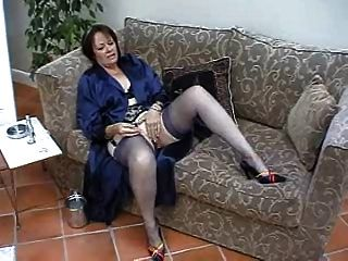 Suzie Mature Solo In Stockings