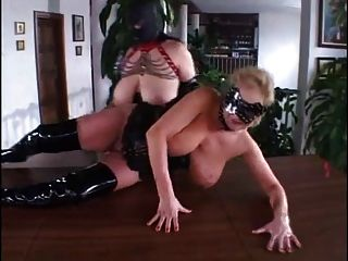Chubby Mature Fisting And Fucking In Leather