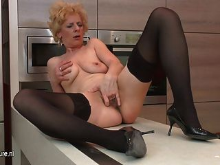 Ugly Mature Slut Loves To Masturbate In Her Kitchen