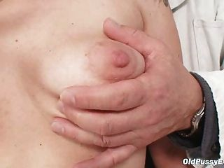 Mature Alena Pussy Speculum Gyno Exam At Gyno Clinic