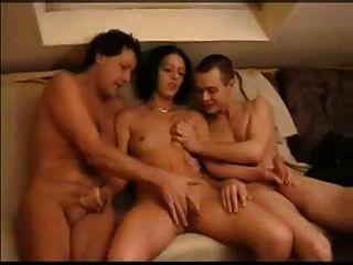 lesbian swingers amature swinger