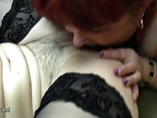 Young Babe Fuck A Chubby Older Lesbian