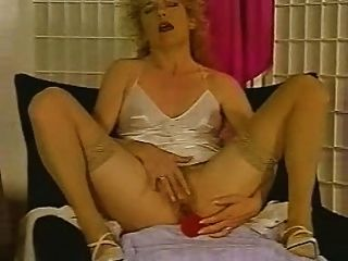 powerful female orgasm I am comfortable, relaxed, and open to sexual pleasure.