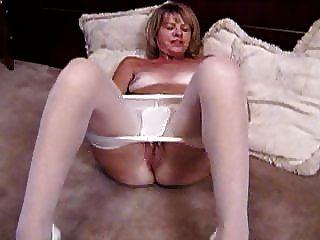 In Women pantyhose masterbating