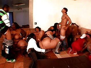 Awesome Bbw Orgy Part 1
