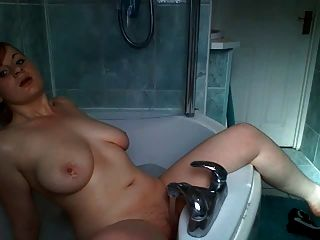 Scottish Girl In The Bath