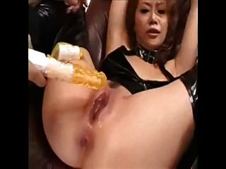 Asian Girl Squirts Like Crazy