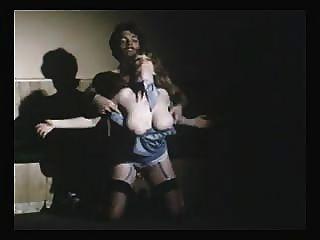 Topless Dancer (lisa De Leeuw)see Descriptions