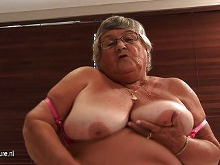 Bbw granny pleases herself with dildos 2