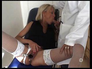 gyneco voyeur baise pour argent