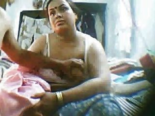 indian mature sex videos Indian Lovers sex m..kyoe id Freepenis4u; Prityale  Mumbai  aunty 3some video; Mature Housewife fr..urves to BF Outdoor; indian  sex.