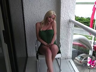 Sexy Green Dress Flashing On The Balcony