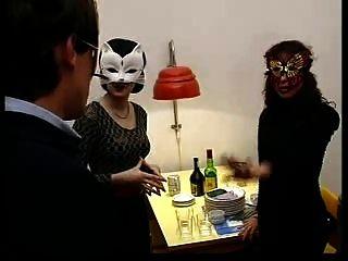 Suave suruba vagabunda flagrada na festa de barretos 4