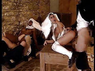 Mona Lisa - Cum Over Nuns - Scene C