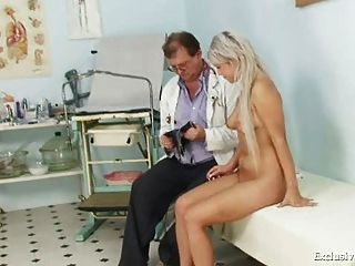Pretty Teen Sabina Coming To Her Gyno Doctor For Pussy Exam