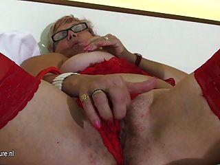 Old But Still Hot Grandma Masturbate