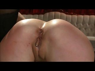 Amber & Elisa Have Some Anal Fun