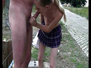 Public Schoolgirl (german)