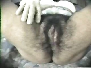 Haarige Pussy von Latte gefickt - PORNOHAMMER