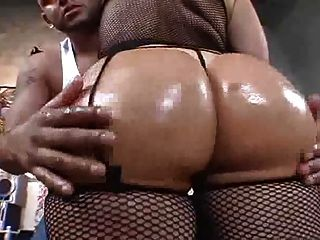 Big Booty Belly Dancer Getting Fucked