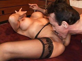 Can redhead wife likes big hard cock can look