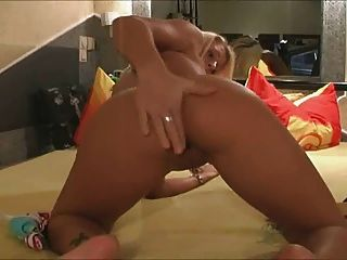 Extreme Amateur Fisting And Toying1