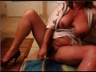 Mature Milf Huge Ass Tits Big Butt Cucumber Masturbation