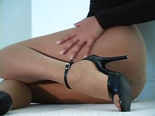 Pantyhose - Playtime Video - Goddess Sunny Leone Pantyhose