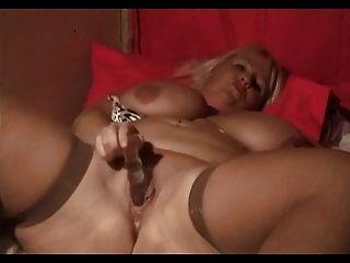 Bbw Daphne Stone & Her 44g Monster Tits