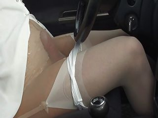 Sucks some pantyhose in the car