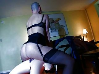 Bald Slave Have Kinky Sex With Sexdolls