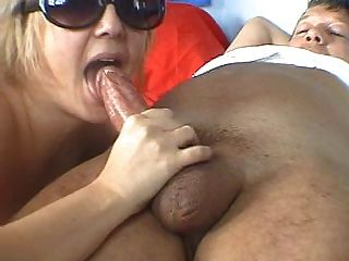 Chubby threesome slutload