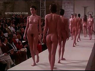 Pret-a-porter Nude Models