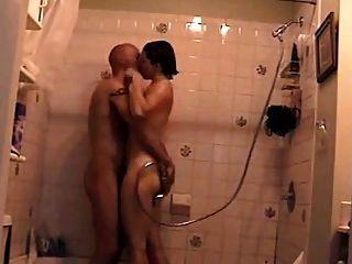 Milf Dusche - Kostenlose Porno von Milf Dusche -