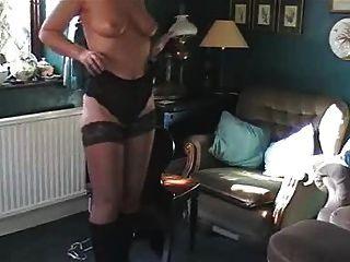 Sara mistreating randy - 3 9
