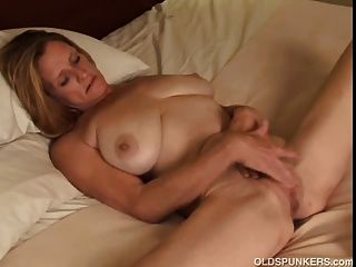 Amatuer milf porn video tube