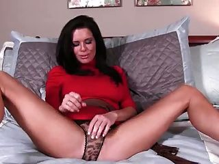 Milf jack off instruction