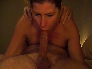 Carole french cougar affamee finie a la pisse 2