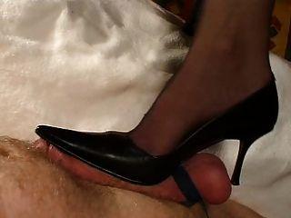 Hotlegs-heel And Handjob