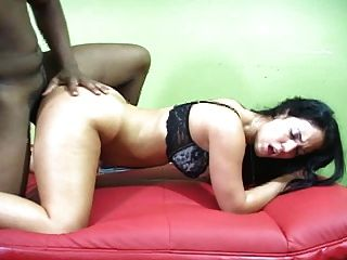 Sexy Amateur With Crazy Curves
