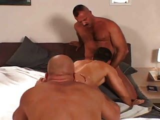 Bareback - Hairy Men Fucking 2